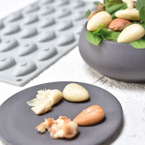Pavoni GOURMAND silicone mould 300x175 GG013S ALMOND 04